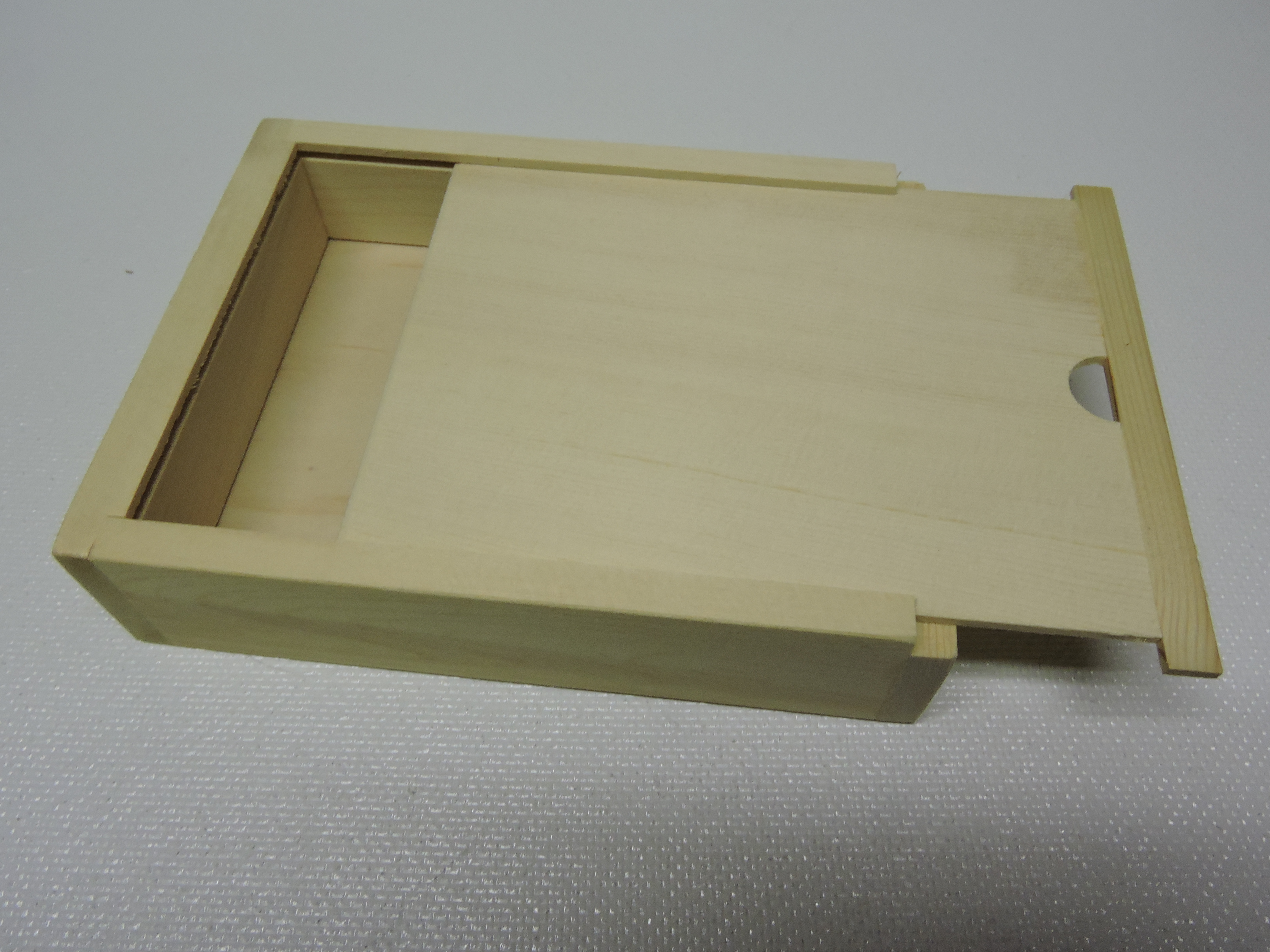 Sliding Wood Box : Wooden box with sliding lid roger s apiary